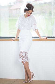 Beautify by Beatrice – Lace Skirt, Skirts, Fashion, Moda, La Mode, Skirt, Fasion, Fashion Models, Trendy Fashion