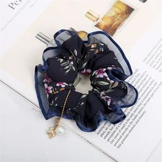 Flower Print Hair Scrunchies - Online Store Powered by Storenvy Diy Hair Scrunchies, How To Make Scrunchies, Baby Shower Souvenirs, Simple Summer Outfits, Head Jewelry, Lace Hair, Fancy Hairstyles, Diy Hair Accessories, Bandanas