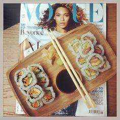 @naomi_d_lala | #sushi #lunch #vogue #yoobi