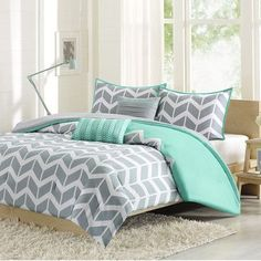 Intelligent Design Kayley Comforter Set Color: Teal, Size: Twin / Twin XL