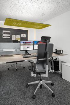 Ergonomischer bürostuhl holz  Büroaccessoires, Vase, Akustikdecke, Glas, Schreibtisch, Holz ...