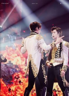 Jung Yunho, Tvxq, Korean Men, Photo Book, Concert, Stage, Heart, Concerts, Hearts