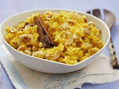 Curryreis mit Sultaninen und Cashewkernen - smarter - Kalorien: 430 Kcal - Zeit: 40 Min. | eatsmarter.de Curryreis  – lecker und mal etwas anderes.