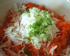 Salade de radis blanc daikon et de carottes, vinaigrette à la thaïlandaise