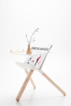 3legged Magazine Table // #Beistelltisch