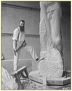 Le sculpteur Paul Adolphe Marie Dardé (en 1920)