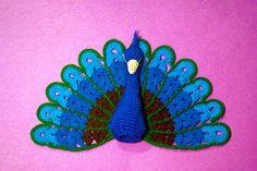 finger puppet Peacock   CrochetBot 3000