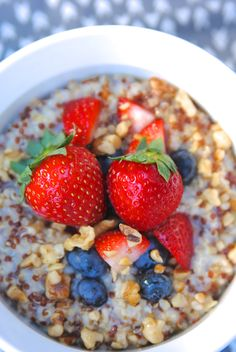 Breakfast Oatmeal with Quinoa-- delicious, gluten-free, and healthy too! #AncientGrains