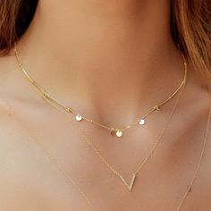 Minimal necklace- Coins necklace -Tiny Coins necklace - Minimalist jewelry- dainty necklace - Minimalist choker - Celebrity necklace Chokers coins- Disc gold necklace – Coin necklace with balls – Minimalist dainty necklace – M Dainty Diamond Necklace, Gold Plated Necklace, Simple Necklace, Layered Necklace, Diamond Studs, Diamond Pendant, Coin Jewelry, Coin Necklace, Jewelry Necklaces
