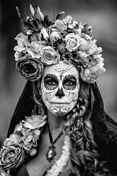 Area Culture ~ OK magazine. In search of masks: Persons' Day of the Dead ""