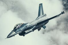 Belgian Air Force F-16 solo display aircraft.