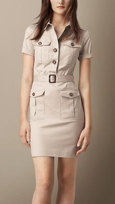 Brit Stone Stretch Cotton Utility Dress - A tailored short-sleeved utility dress crafted from woven stretch cotton twill. Featuring multiple pockets, the dress has a button-fastening half placket and a leather-buckle belt at the waist. Casual Dresses, Casual Outfits, Fashion Dresses, Tailored Dresses, Girls Dresses, Safari Dress, Burberry Dress, Burberry Brit, Trench Dress