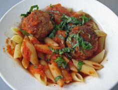 Italialaiset lihapullat tomaattikastikkeessa - Kotikokki.net - reseptit