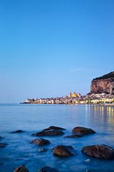 Cefalú auf Sizilien: Hier war der Drehort des weit über die Grenzen Italiens...