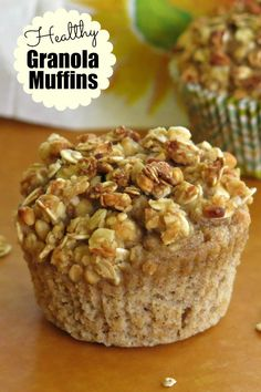 Granola Muffins for breakfast or a snack. Switch out the granola flavor and totally change the muffin!Healthy Granola Muffins for breakfast or a snack. Switch out the granola flavor and totally change the muffin! Healthy Afternoon Snacks, Quick Healthy Snacks, Yummy Snacks, Healthy Recipes, Granola Muffin Recipe, Muffins Sains, Applesauce Muffins, Healthy Breakfast Muffins, Snacks Sains