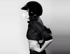 Bubblevisor? Motorcycle Girl 081 ~ Return of the Cafe Racers