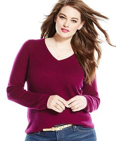 i really like vnecks or scoop necks that show a bit of skin.  not plunging, but no boat necks either.