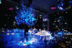 Disco-Party-Decorations.jpg 880×590 pixels