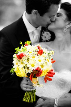 Cheap Fall Wedding Bouquets | Cheap Wedding Flowers The bridal bouquet is a focal point of your ...