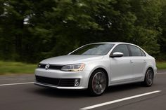 Photo: Picture 2 - 2015 Volkswagen Jetta GLI