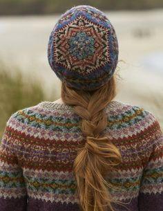 Fair Isle Knitting Patterns, Fair Isle Pattern, Knit Patterns, Stitch Patterns, Crochet Yarn, Knitting Socks, Hand Knitting, Knitted Hats, Crochet Granny
