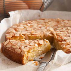 Flourless Almond, Coconut and Vanilla Cake Recipe Almond Coconut Cake, Almond Flour Cakes, Almond Flour Recipes, Coconut Recipes, Baking Recipes, Cake Recipes, Dessert Recipes, Almond Meal, Gluten Free Rhubarb Recipes