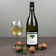 Weißer Burgunder S Buntsandstein 2011 white wine