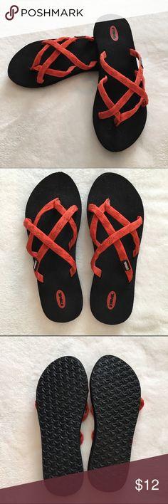 d0a1fa96c Teva Olowahu Flip Flops Teva Olowahu Flip Flops. Never worn Teva Shoes Sandals  Teva Flip