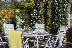 Our beautiful new Tudor 8 piece round aluminium furniture set brings style and elegance to all your outdoor entertaining.