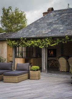 Outdoor Trees, Outdoor Gardens, Dutch Gardens, Self Build Houses, Country Interior Design, Outside Room, Gazebo Pergola, Barn Renovation, Garden Buildings