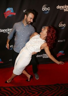 is peta and james dating on dancing with the stars
