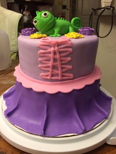 Here is my Rapunzel dress cake with Pascal on top:)