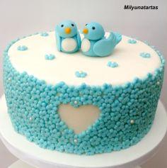 Love cake! Birds love cake!