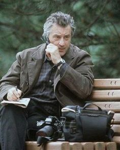 Robert De Niro in The Score Old Cameras, Vintage Cameras, Al Pacino, Thriller, The Godfather Part Ii, What About Bob, New Cinema, Movie Guide, Nikon
