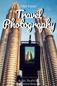 Ever wondered what you might need to take beautiful traveling pictures? Do you need to spend a lot of money and have all the best equipment out right now? Read what we have in our Camera bag and what we use while we travel. Wanderlust Travel, Us Travel, Travel Bags, Perfect Camera, Best Camera, Photography Tips, Travel Photography, Travel Advise, Some Beautiful Pictures