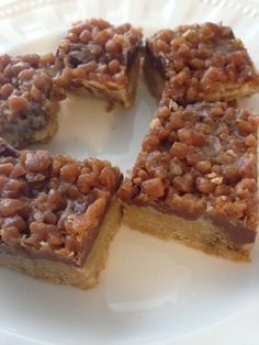 Recipe: Skor Toffee Bars – Delicious – A Little Bit of Momsense Recipe: Skor Toffee Chocolate squares Candy Recipes, Sweet Recipes, Baking Recipes, Cookie Recipes, Dessert Recipes, Bar Recipes, Shrimp Recipes, Just Desserts, Deserts