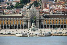 Lisboa, entrada do rio Tejo - Portugal