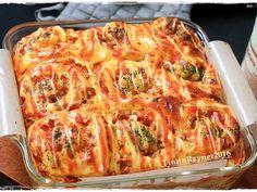 PIZZA ROLL Super Empuk ala Killer Bread Recomended recipe step 15 photo Bacon Recipes, Bread Recipes, Cooking Recipes, Pizza Rolls, Bread Rolls, Pizza Pastry, Smoked Beef, Bread Bun, Recipe Steps