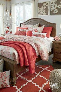 Bett, Luxus, Einrichten Und Wohnen, Wohnzimmer, Einrichtung, Rund Ums Haus,  Runde, Korallenrote Wände Schlafzimmer, Rotes Schlafzimmer