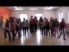 Děti hrají na cajon - ZŠ Dukelská Strakonice - YouTube