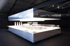 kitchen-ole-scheeren-dean-and-deluca-design-miami_dezeen_2364_col_0