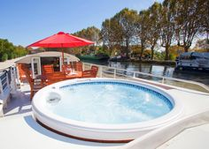 After a day of cruising and sightseeing, your hotel barge moors up for the night and there is plenty of time for a cocktail before dinner, or perhaps to enjoy a relaxing soak in the spa pool that is on most of our vessels: http://www.gobarging.com/about-page/the-hotel-barging-experience