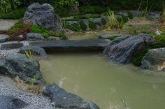 in Zusammenarbeit mit der Firma KOKENIWA gestalteten wir in Gießen  einen Moosgarten mit Teich und Wasserfall River, Beautiful, Outdoor, Beautiful Images, Garden Art, Water Pond, Waterfall, Culture, Outdoors