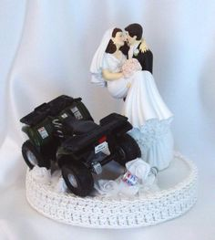 unique wedding cakes | unique-wedding-cake-toppers-Funny_Customized_Cake_Tops-ATV_Wedding ...