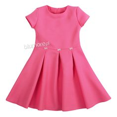 347b60745c Piękna i efektowna sukienka dla każdej dziewczynki! Wykonana z  wysokogatunkowej tkaniny