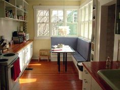 Take a Seat: Benches and Booths in the Kitchen