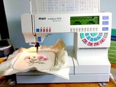 Sewing Machines For Beginners The Pfaff 7570 is an outstanding sewing machine for embroidery. Sewing Machines Best, Sewing Machine Projects, Sewing Machine Reviews, Sewing Basics, Sewing For Beginners, Basic Sewing, Quilting Tutorials, Sewing Tutorials, Sewing Ideas