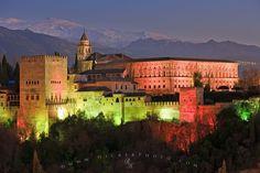 Alhambra moorisch castle, Granada, Spain #trivo