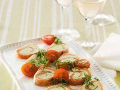 Smoked Salmon and Avocado Roll Ups - Swedish recipe - English recipe below.