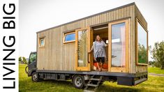 Solo Female Traveller's Incredible Off-Grid Tiny House Truck - YouTube Off Grid Tiny House, Tiny House On Wheels, Trailers, School Bus House, Tiny Studio, Living On The Road, Tiny House Movement, Off The Grid, Van Life